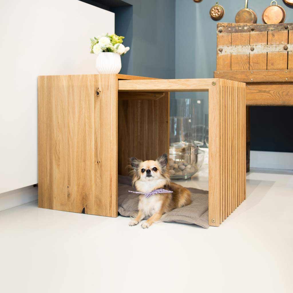 Indoor-Hundebox Stockholm Medium aus Vollholz Eiche